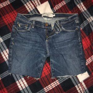 Jean cutoffs